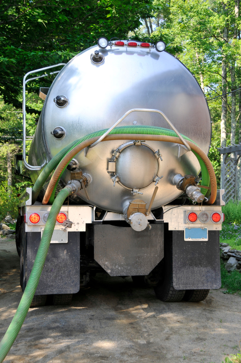 Septic Tank Truck Cleaning Service